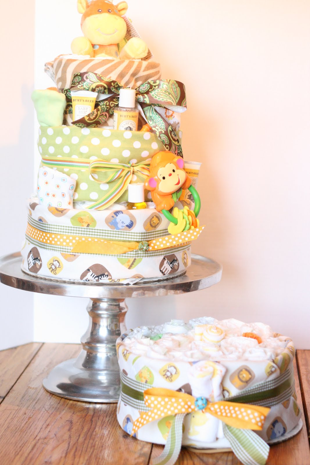 A Little Junk In My Trunk: How to Make a Diaper Cake