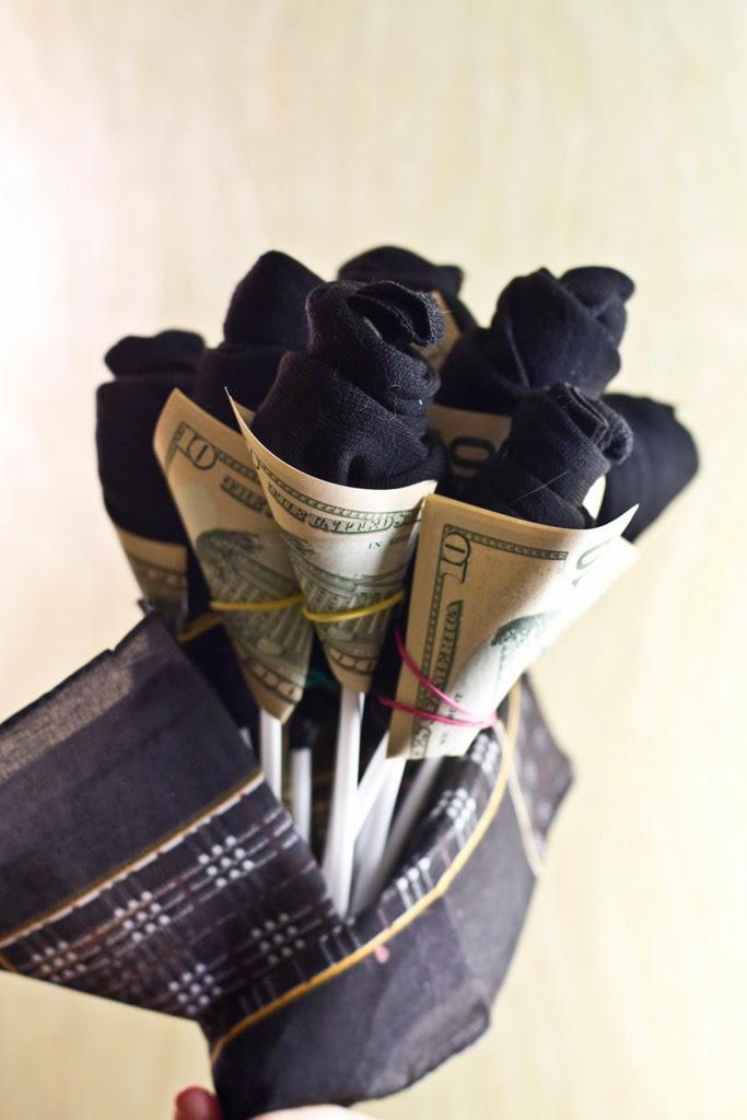 Подарок из носков на день рождения мужчине 52