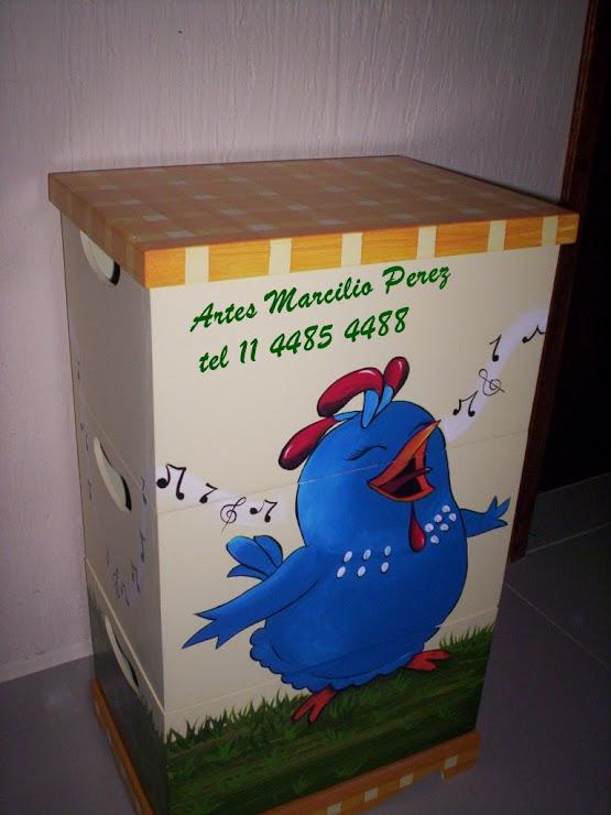 Trio de caixas galinha Pintadinha R$ 130,00