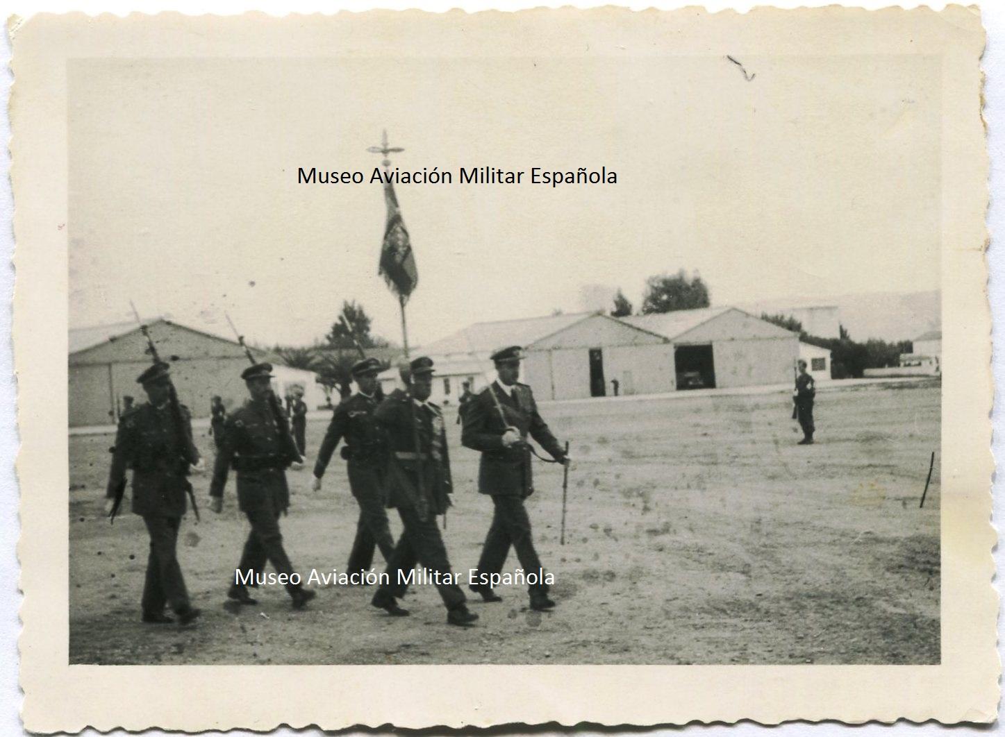 Museo aviacion militar espa ola estandarte de la 28 ala - Pintores alcala de henares ...