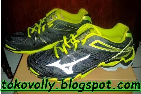Sepatu Volly Terbaru dan Termurah fee3ef2dd5