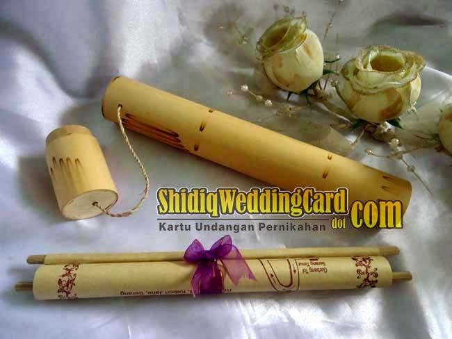 http://www.shidiqweddingcard.com/2014/03/undangan-bambu.html