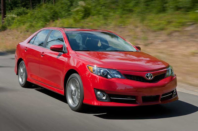 2012 Toyota Camry SE - Subcompact Culture