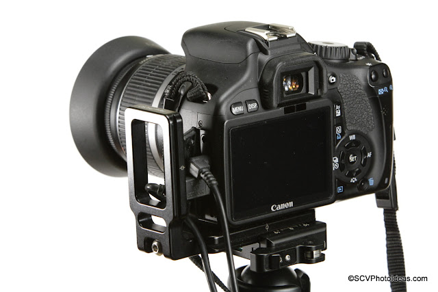Hejnar Photo Universal Modular L Bracket 22 on Canon EOS 550D rear view