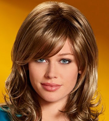 medium length hairstyles 2011 with. Medium Length Hair Styles 2011