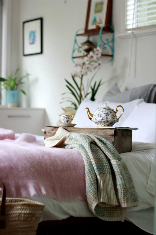 Elegant breakfast in bed by the beetle shack #bedroom
