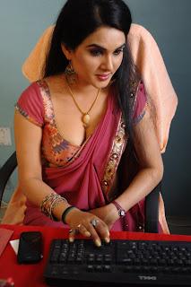 kavya singh saree shoot 6.jpg