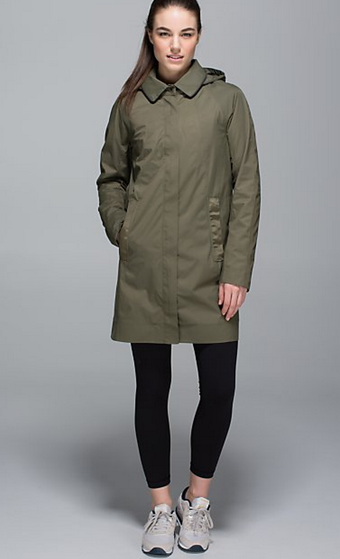 http://www.anrdoezrs.net/links/7680158/type/dlg/http://shop.lululemon.com/products/clothes-accessories/women-outerwear/Rain-On-Jacket?cc=7525&skuId=3586327&catId=women-outerwear