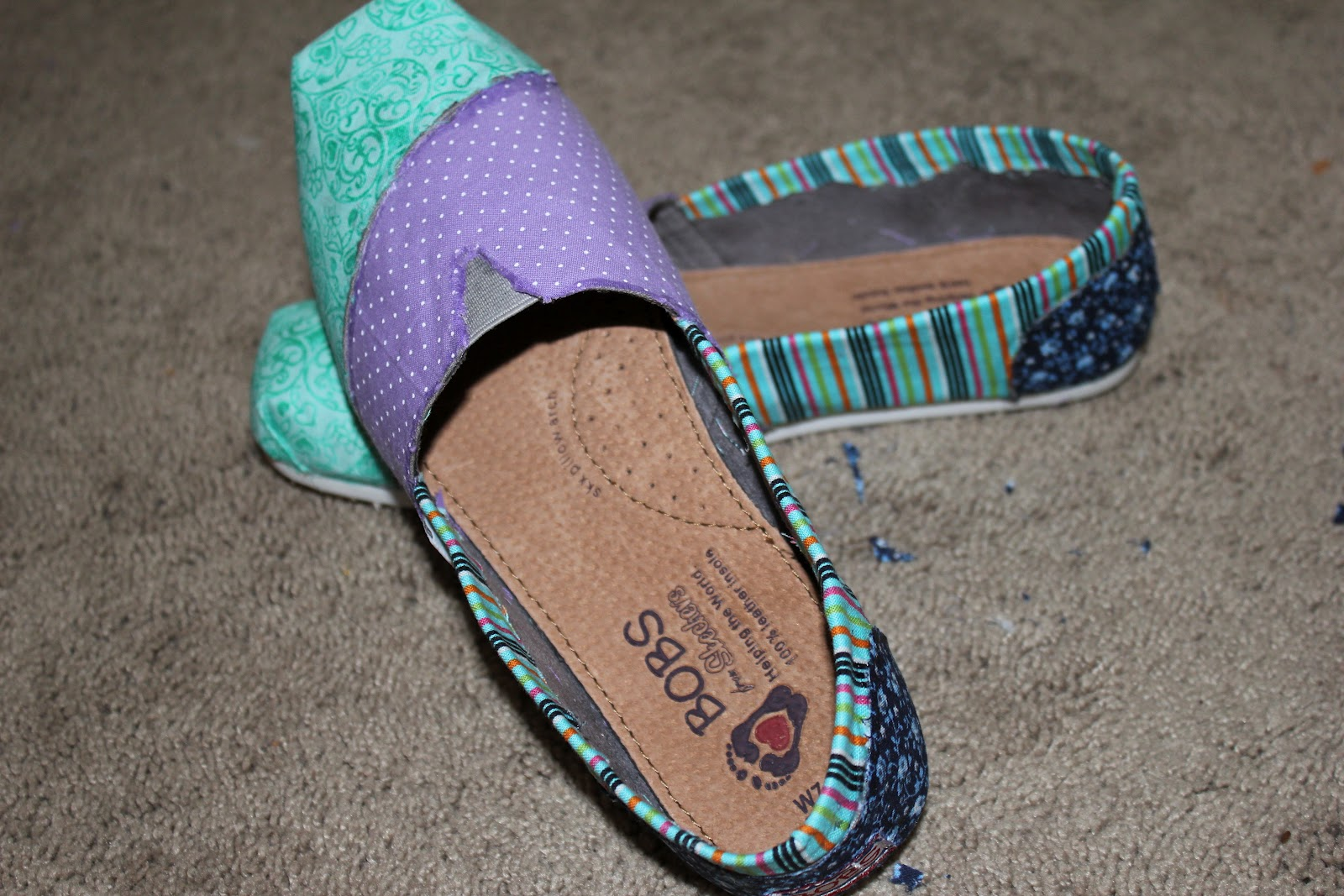 crafty kati tutorial fabric covered canvas shoes
