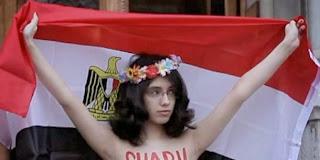 wanita-telanjang-melecehkan-islam