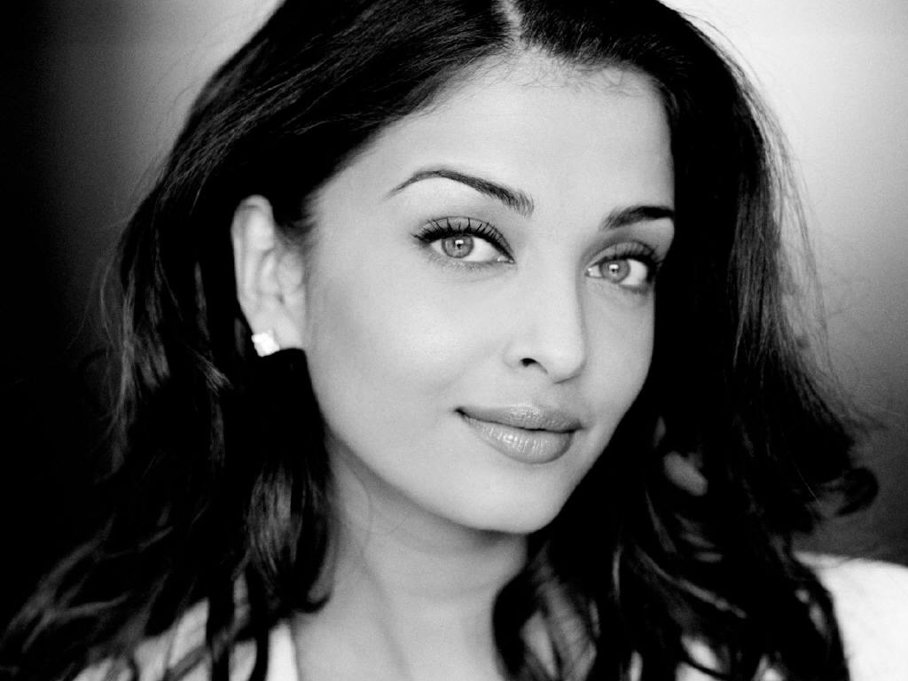 Aishwarya Rai Latest Romance Hairstyles, Long Hairstyle 2013, Hairstyle 2013, New Long Hairstyle 2013, Celebrity Long Romance Hairstyles 2126