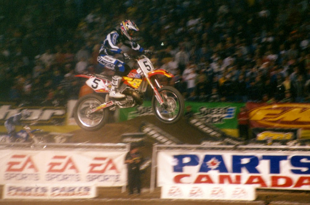 Mike LaRocco Pontiac Supercross 2001