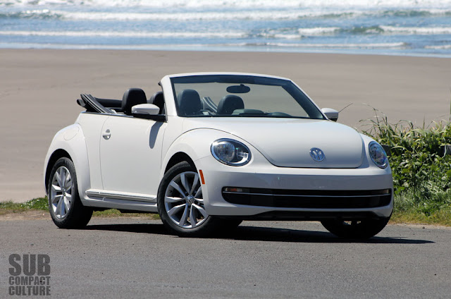 2013 Volkswagen Beetle Convertible TDI at the beach
