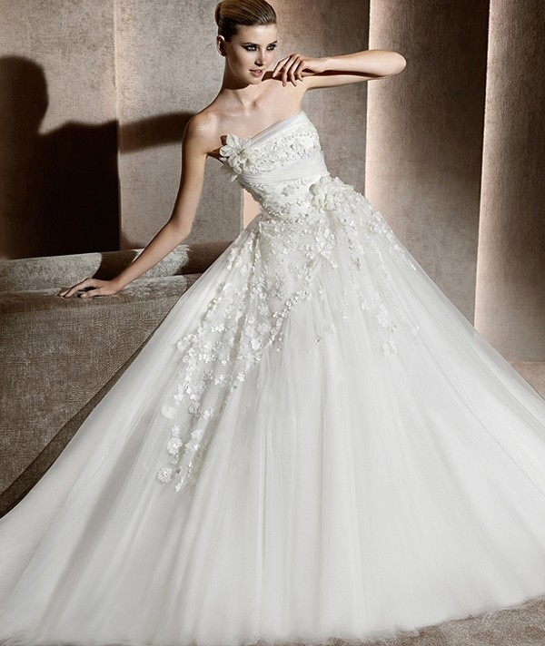 What to wear in the special day: Choose the best Slimming Wedding ...
