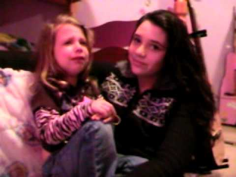 justin bieber and selena gomez kissing on yacht. and selena gomez kissing