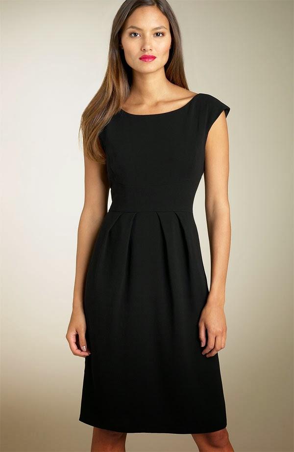 Фото моделей маленьких черных платьев