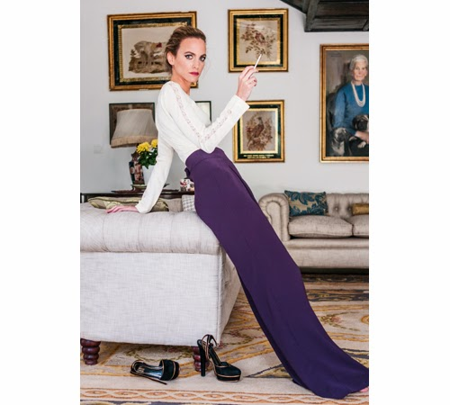 Esencia Trendy Inspiración Invitada boda pantalones palazzo morado look outfit como llevar estilismo evento pantalon talle alto