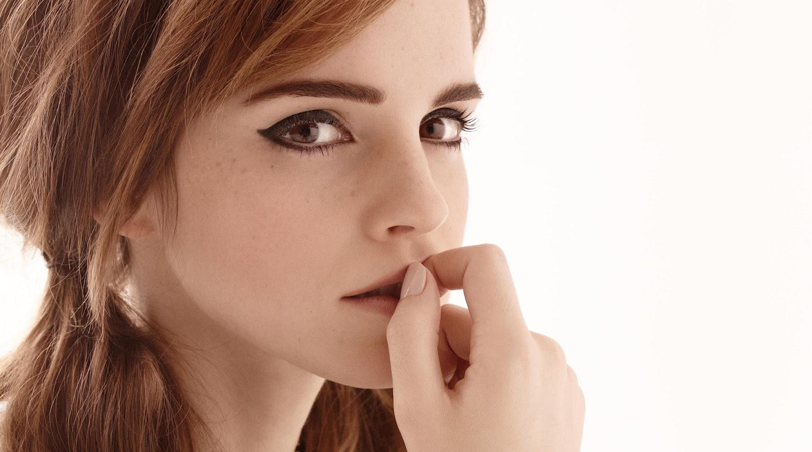 Emma Watson Hot Lips Image HD