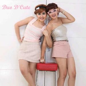 Duo D'Cute Tampil Cantik, Energik dan Seksi