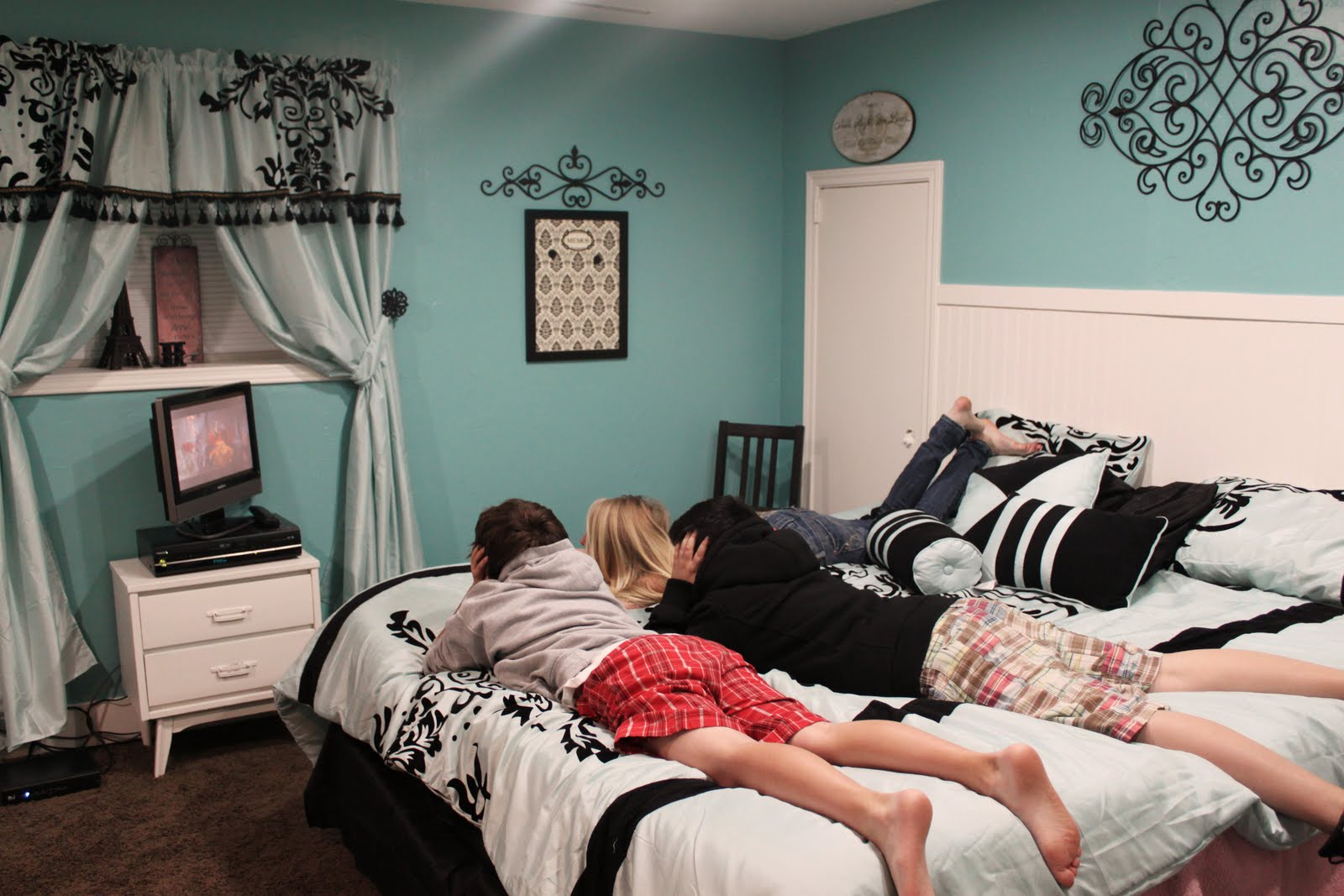 Teen girl room teenagers room pinterest for Girl room ideas pinterest