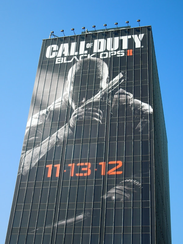 Giant Call of Duty Black Ops II billboard