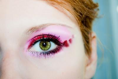 Maquiagem vermelha