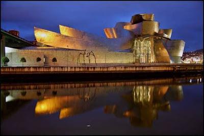 Museo Guggenheim (Bilbao, España). los edificios mas extraños del mundo. Edificios extraños