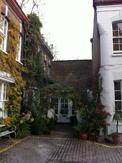 Horbury Mews, London W11