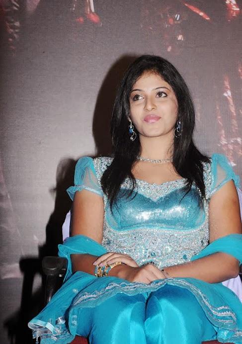Anjali Cute Looking Photo Stills in Chudidar