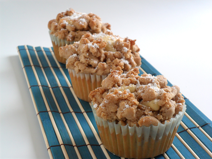 Crumb Cake Cupcakes | Gwen's Kitchen Creations