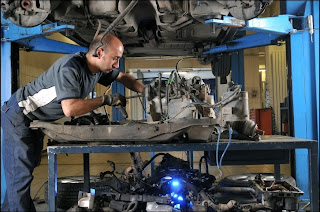 DIYers use previously owned car parts to lower their costs