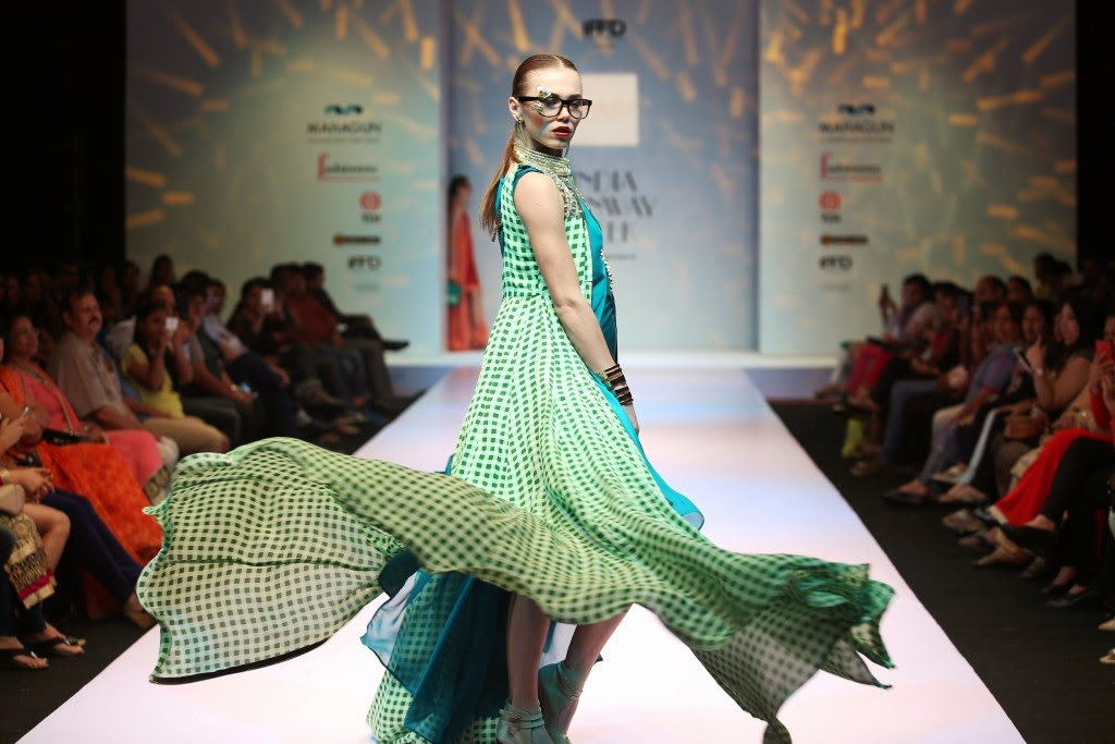 Sweta Kedia collection at India runway week 15, IRW summer 2015, Gennext IRW 2015