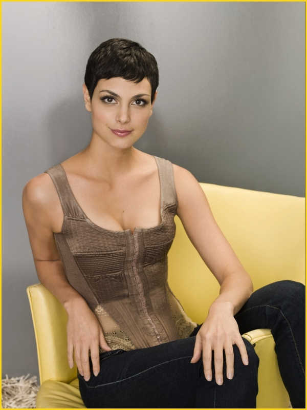 morena baccarin wiki. Here she is demonstrating some
