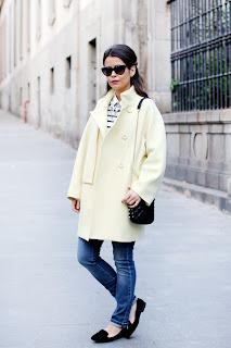 http://2.bp.blogspot.com/-BrxBPHTJZlE/ULK6lXoUxII/AAAAAAAAHkg/76IwlIntAi0/s1600/Yellow-coat-pastel-trend-oversize_Coat-maxandco-outfit-street_style-.jpg