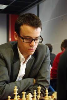 Les Championnats d'Europe d'échecs à Aix-les-Bains : Romain Edouard (2600) © site officiel