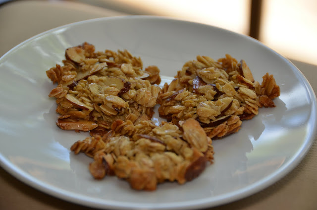 Playing with Flour: Very quick and easy oatmeal crisps