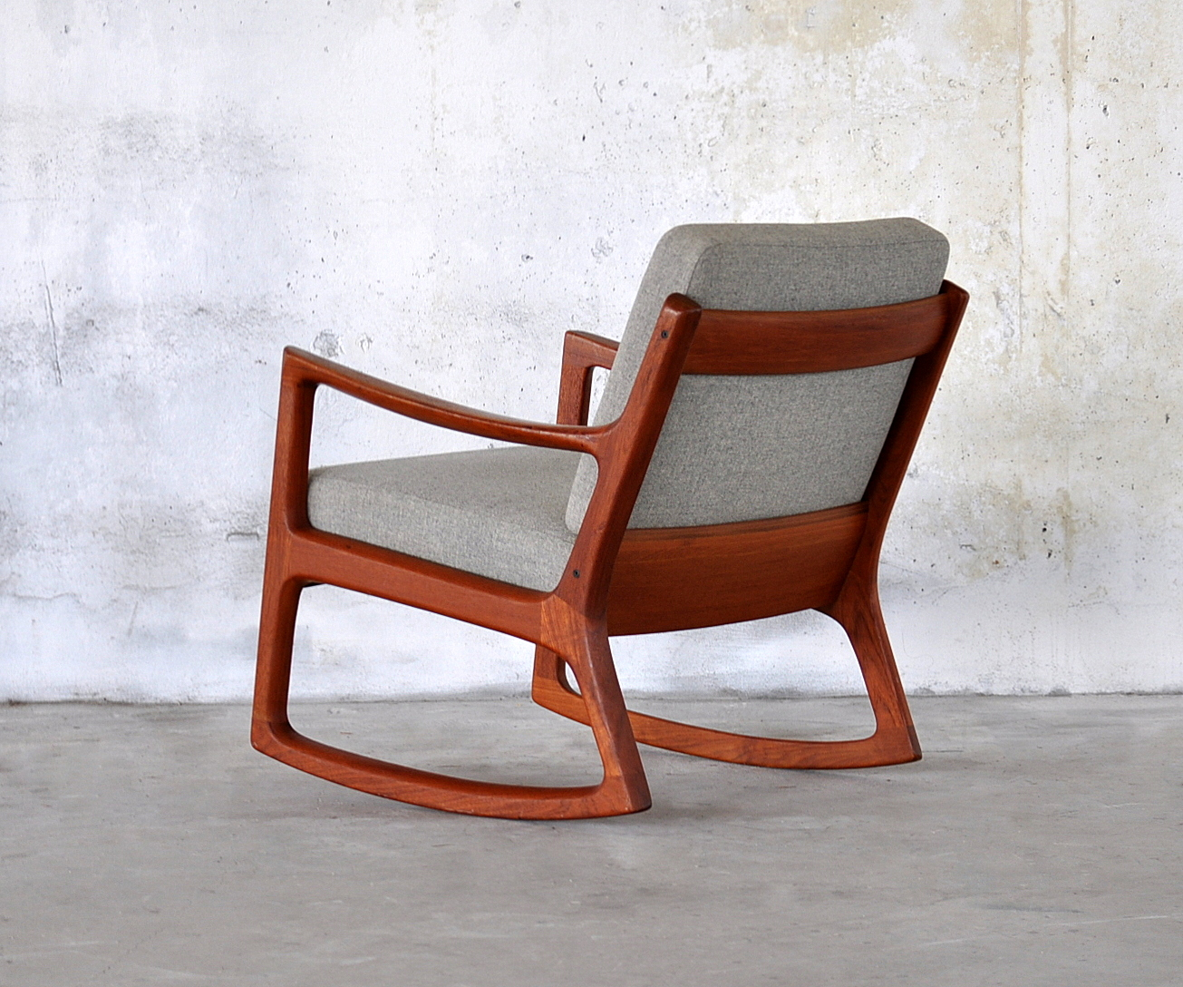 select modern ole wanscher teak rocking chair. Black Bedroom Furniture Sets. Home Design Ideas