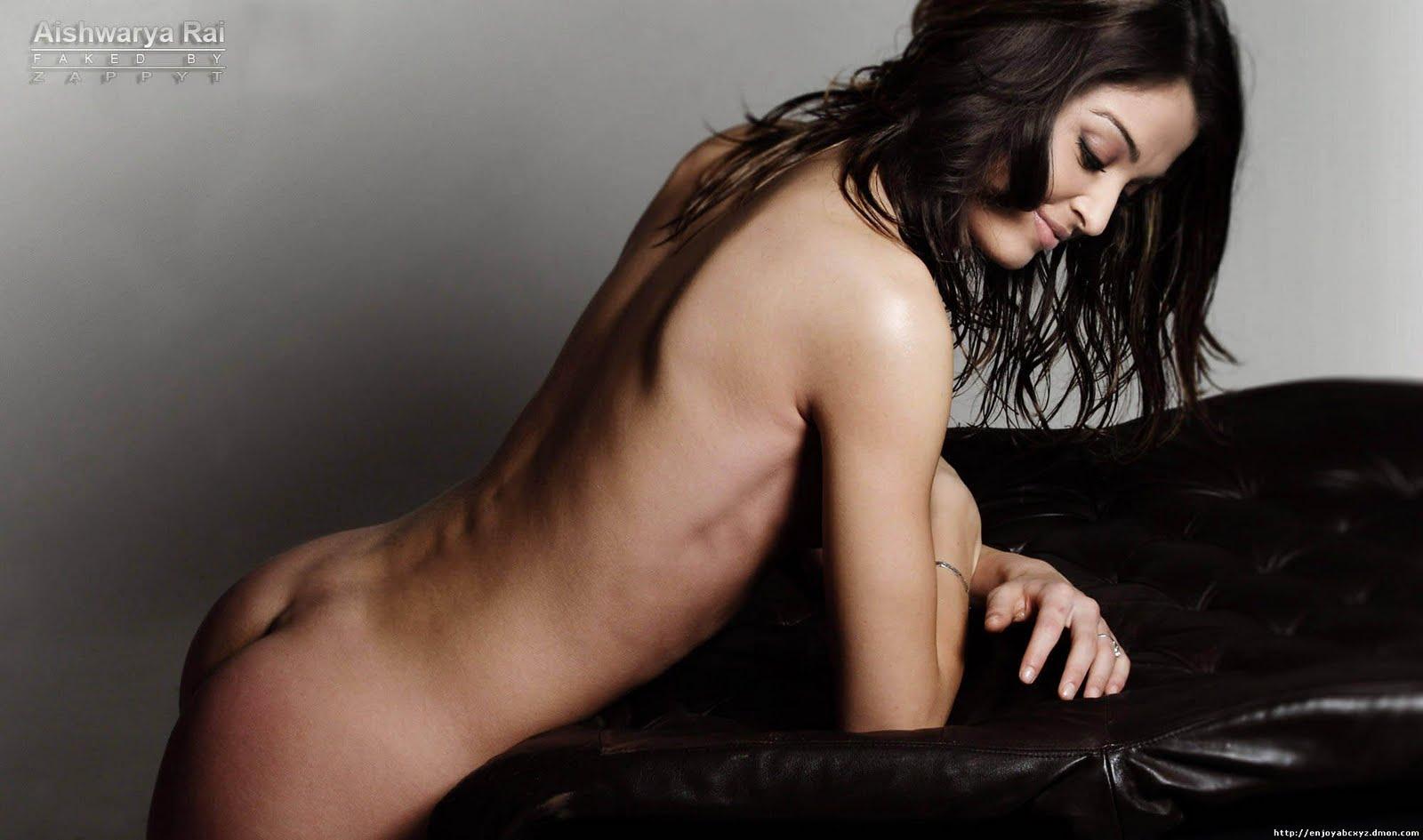 Aishwarya Rai Showing Her Ass