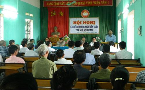 Chủ tịch UBND tỉnh Bùi Văn Hải tiếp xúc cử tri xã Đại Thành