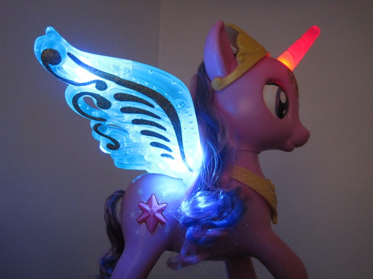 My Little Pony Talking Princess Twilight Sparkle light up feature.