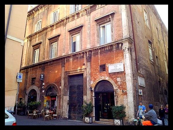 Palazzo Diamanti Valentini w Rzymie