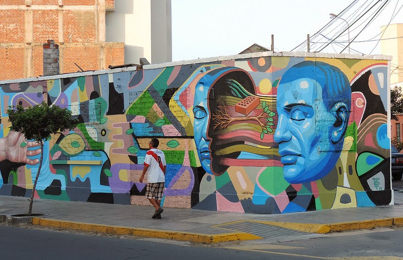 El Decertor recently finished working on this new mural for the Mirafau Street Art Festival which was held in the Miraflores district of Lima, Peru.