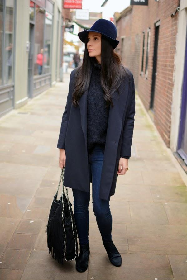 Blue_Outfit_LamourDeJuliette_WinterOutfit_Fashion_Blog_Modeblog_005