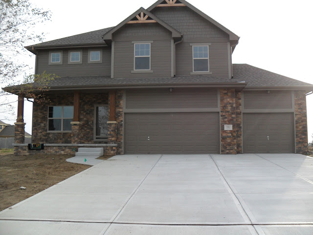 Western warmth exterior colors - Brown exterior house paint ...