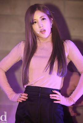 Chorong Luv Live