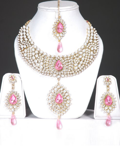 Awesome fashion 2012 awesome indian jewellery bridal for Top fashion jewelry designers