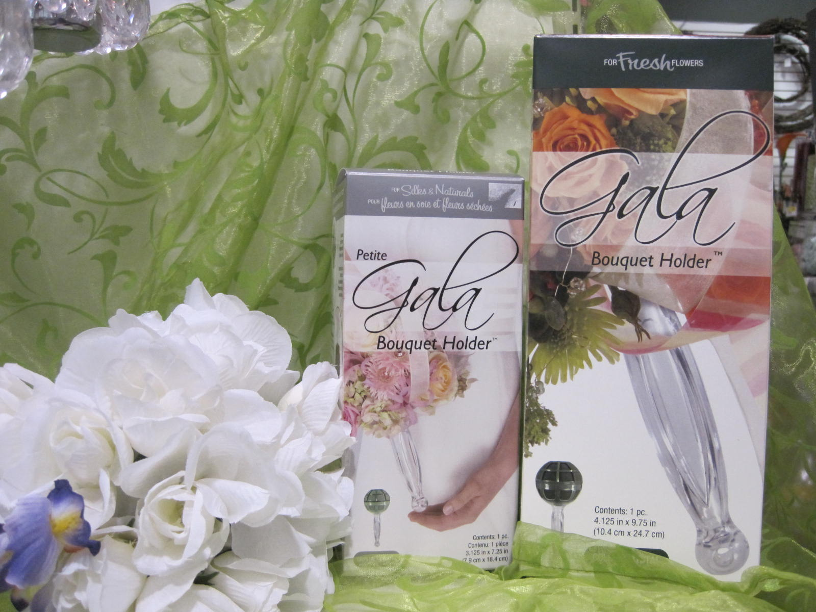 Sierras gala bouquet holder sierras crafts would like to introduce you to our gala bouquet holders design your hanging floral special events kissing balls and weddings for fresh izmirmasajfo