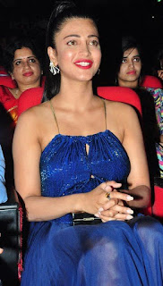 Shruti haasan Pictures at srimanthudu Audio Launch (3).jpg