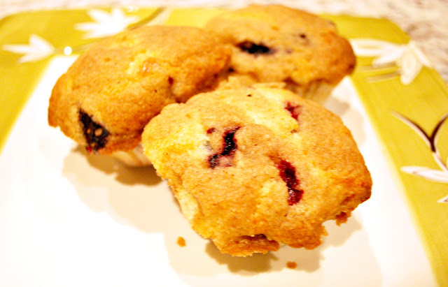 orange-scented blueberry muffins recipe