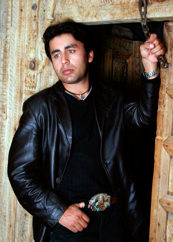 Popular afghan singer shafiq mureed new pictures biography